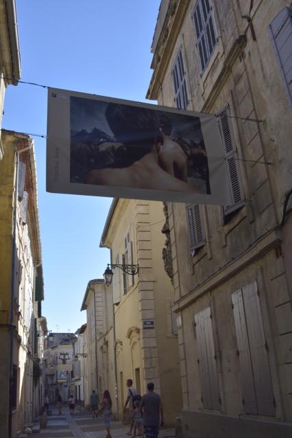 Arles Gasse mit Foto
