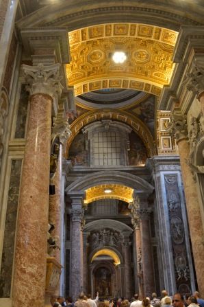 Rom Petersdom innen